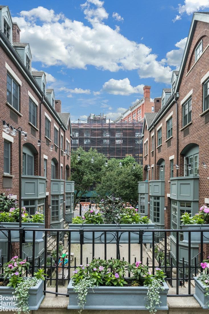 2 Greenwich Mews W. Greenwich Village New York NY 10014