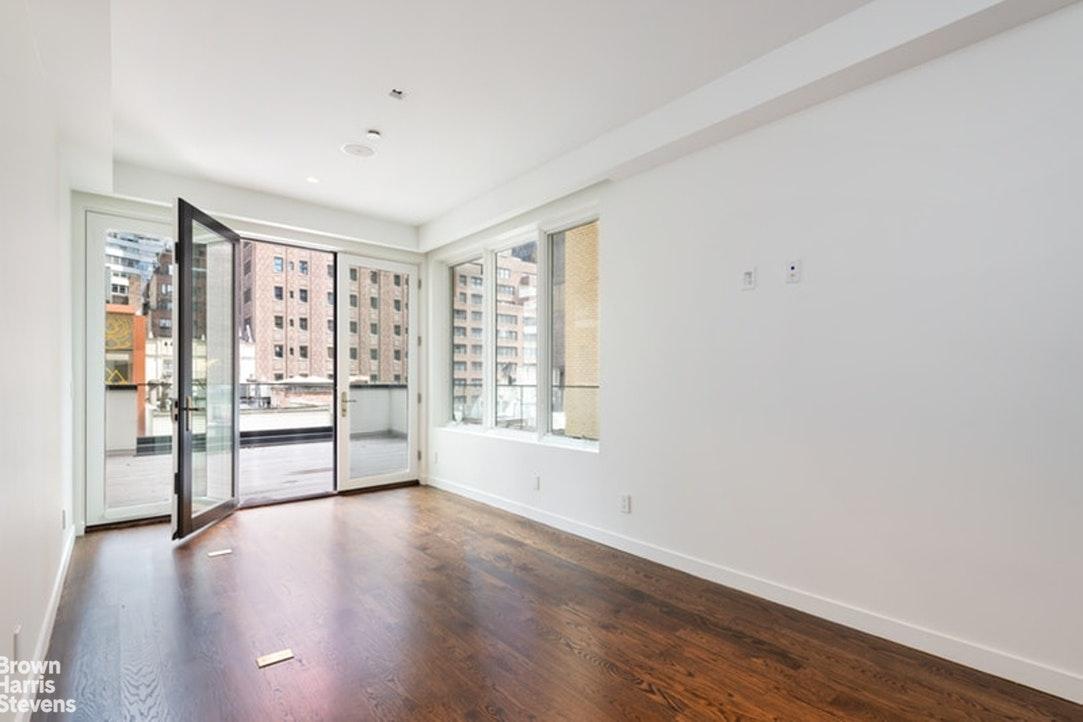 135 East 38th Street Interior Photo