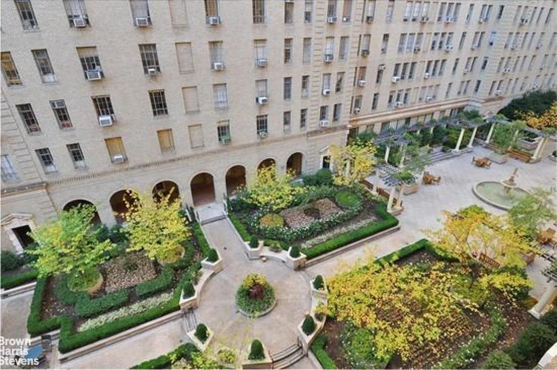 353 West 56th Street Clinton New York NY 10019