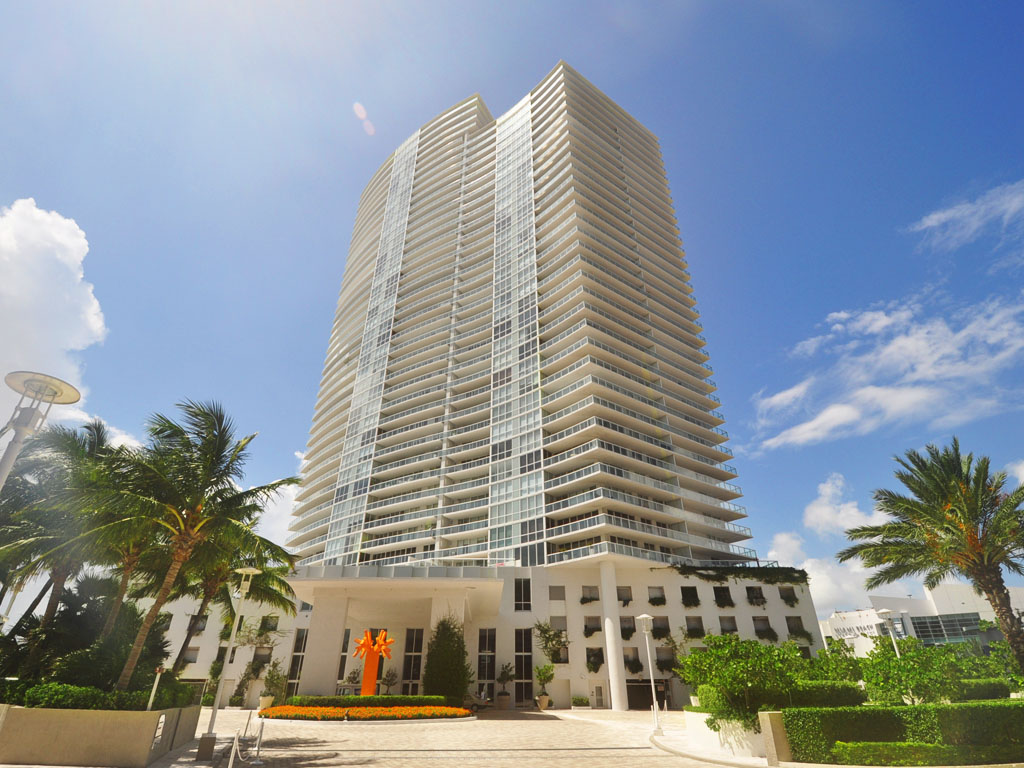 ICON South Beach Condo Photo