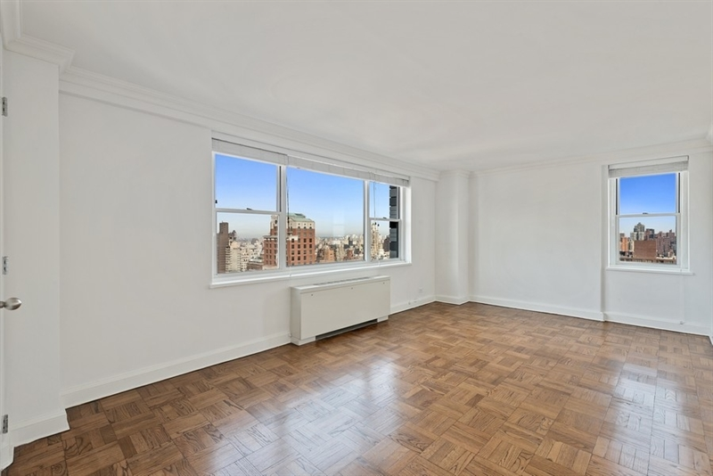 215 East 68th Street, Upper East Side, NYC, $7,550, Web #: 107384