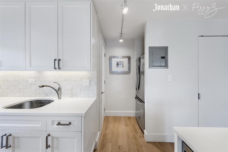 East 60th Street, Upper East Side, NYC, $1,625,000, Web #: 1192101