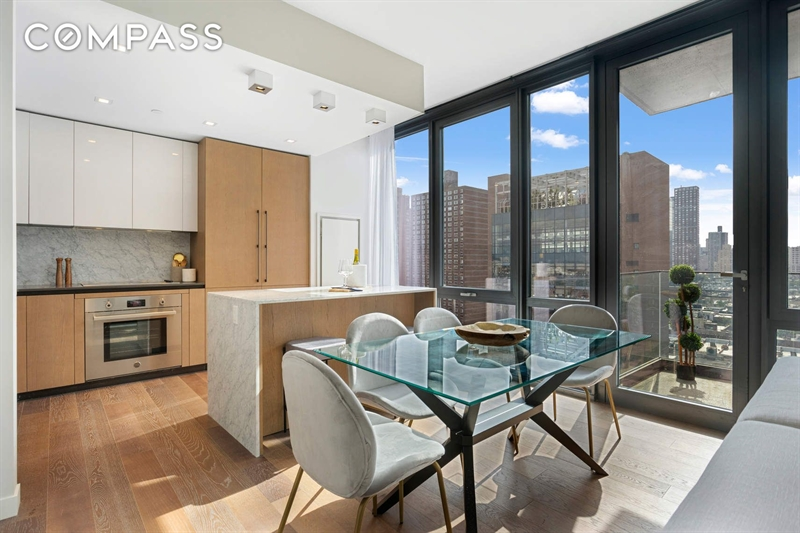 302 East 96th Street, Upper East Side, NYC, $1,985,000, Web #: 1796270