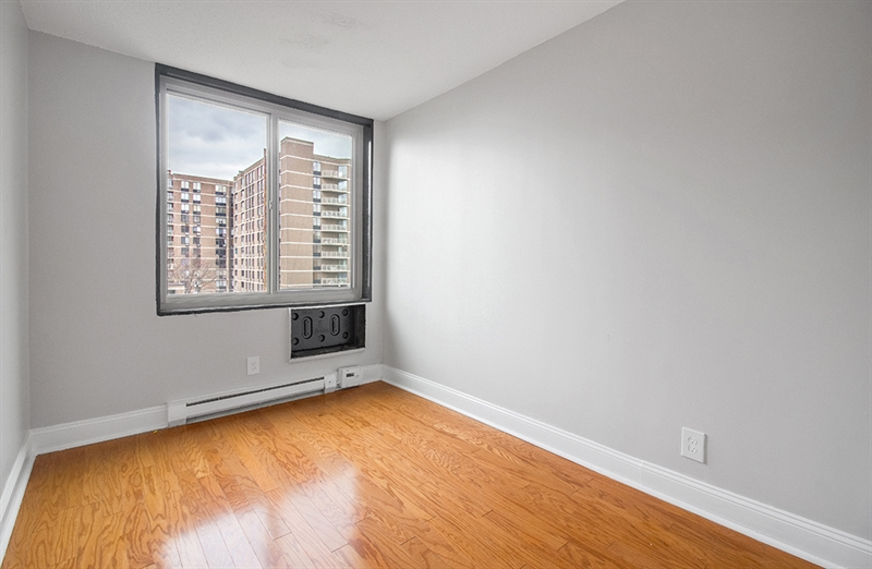 1966 1st Ave, Upper East Side, NYC, $4,300, Web #: 85001