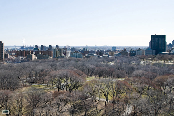 455 Central Park West, Upper West Side, NYC, $2,050,000, Web #: 1001049