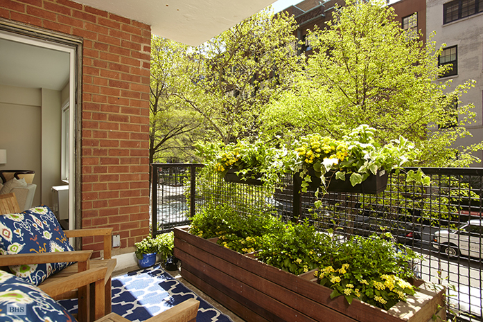 15 West 12th Street, Greenwich Village/Chelsea, NYC, $1,650,000, Web #: 10058102