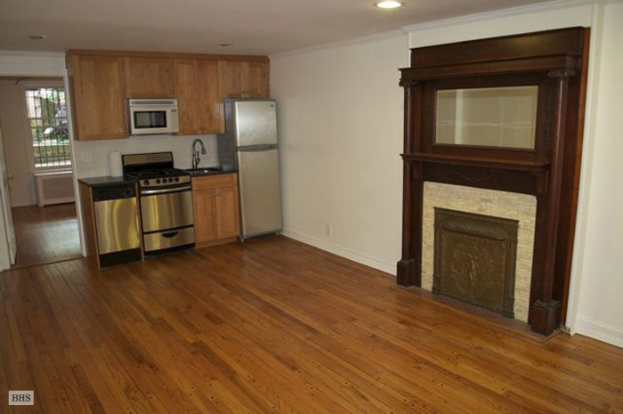 7th Street, Brooklyn, New York, $2,500, Web #: 10186161