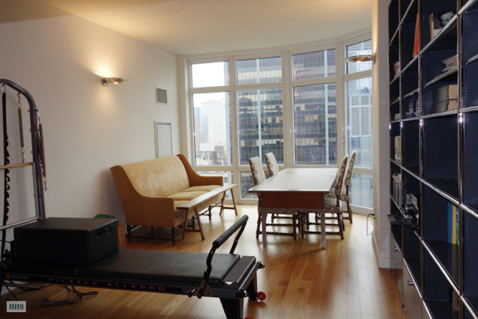 555 West 59th Street, Upper West Side, NYC, $4,150, Web #: 10331647