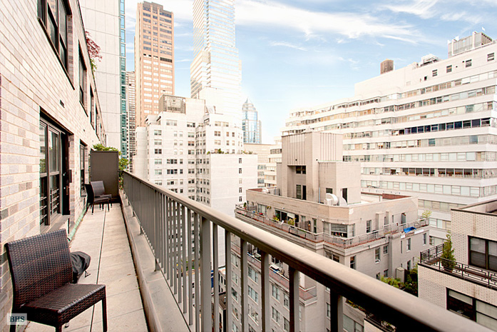 225 East 57th Street, Midtown East, NYC, $935,000, Web #: 10363685
