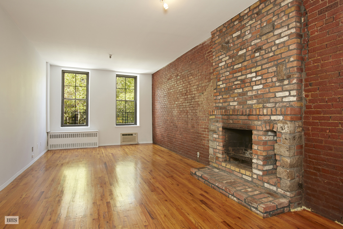 324 Pearl Street, Civic Center/Two Bridges, NYC, $516,000, Web #: 10920278