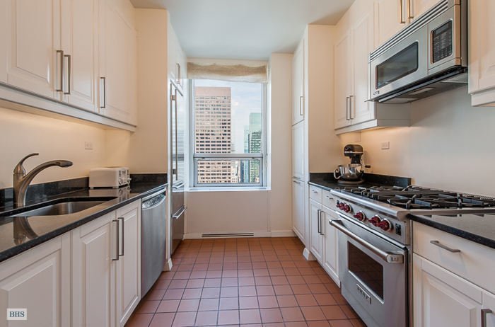 15 West 53rd Street 31B, Midtown West, NYC, $10,000, Web #: 10961106