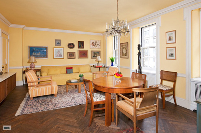 132 East 72nd Street, Upper East Side, NYC, $2,000,000, Web #: 1106040