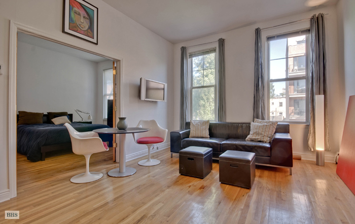 206 Montrose Avenue, Brooklyn, New York, $599,000, Web #: 11122636