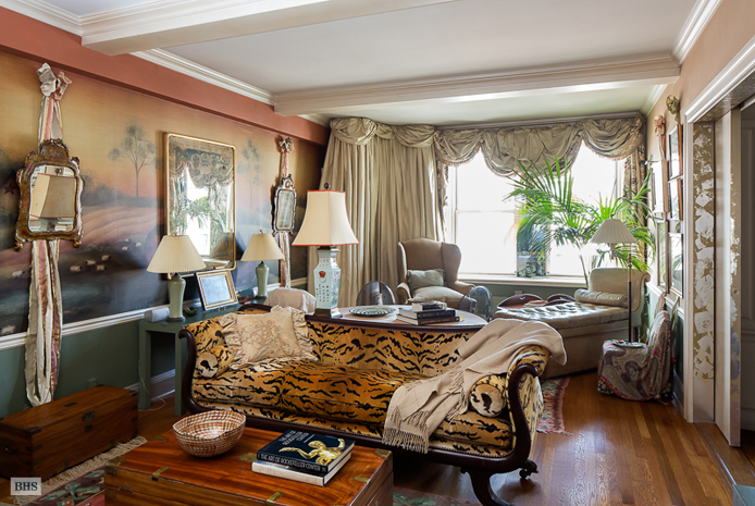 575 Park Avenue, Upper East Side, NYC, $920,000, Web #: 11145338