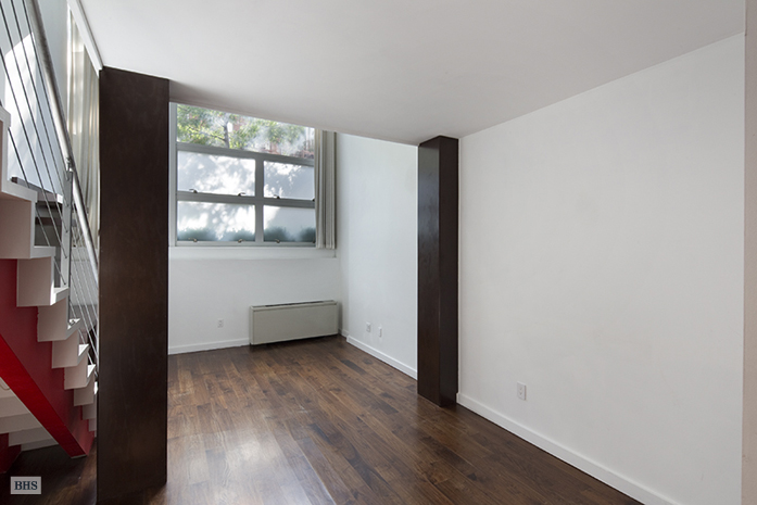 425 East 13th Street, East Village, NYC, $865,000, Web #: 11276770