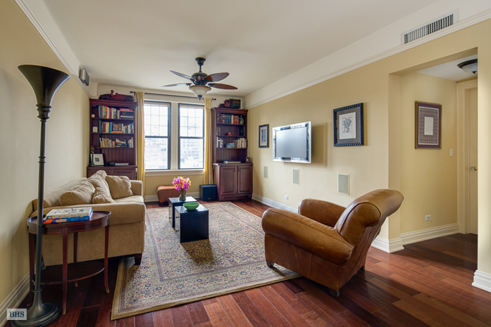 125 West 76th Street, Upper West Side, NYC, $2,200,000, Web #: 11324694
