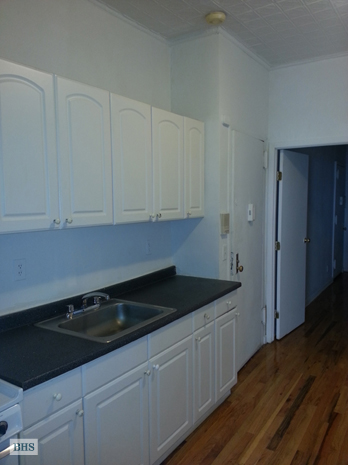 East 91st Street, Upper East Side, NYC, $2,100, Web #: 11465295