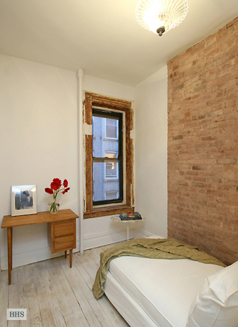 105 Thompson Street, Greenwich Village/NOHO/Little Italy, NYC, $730,000, Web #: 1179933