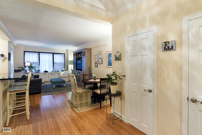 Tudor City Place, Midtown East, NYC, $3,700, Web #: 11877934
