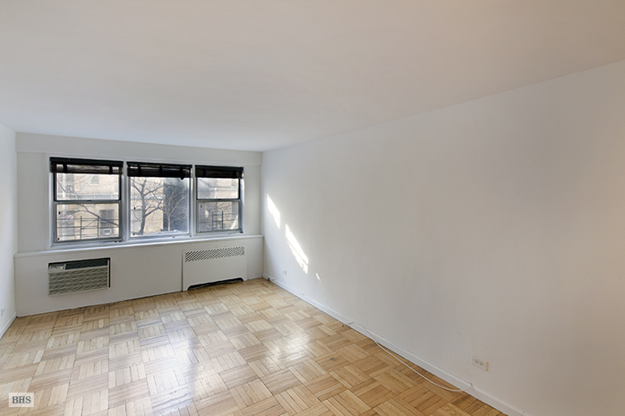404 East 66th Street, Upper East Side, NYC, $699,000, Web #: 11939062