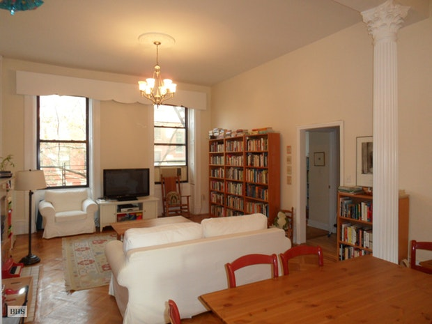 118 Pacific Street 3, Cobble Hill, New York, $3,950, Web #: 11990661