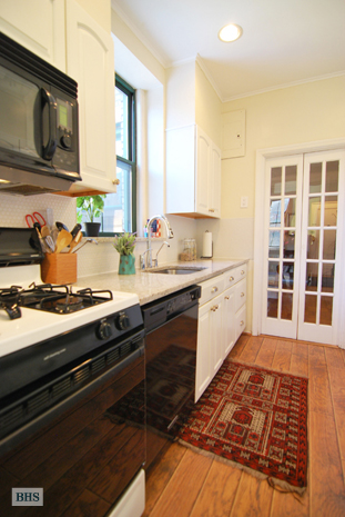 80th Street, Queens, New York, $660,000, Web #: 12148441
