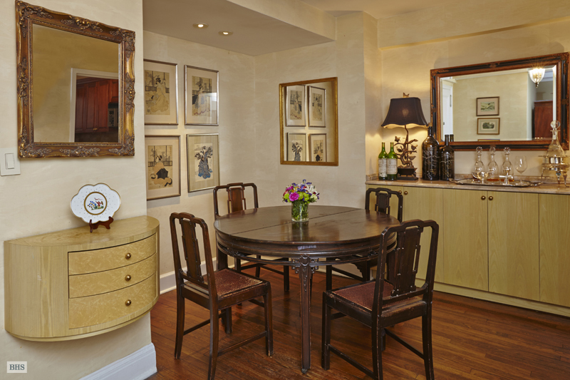 424 East 52nd Street, Midtown East, NYC, $1,050,000, Web #: 12152072
