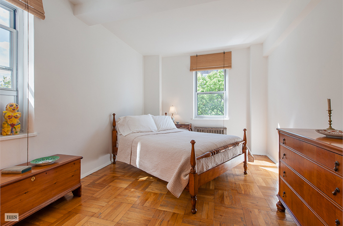 550 Grand Street, Lower East Side, NYC, $580,000, Web #: 12393239