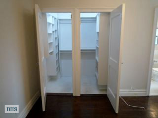 157 East 72nd Street, Upper East Side, NYC, $730,000, Web #: 12463271