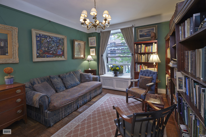 156 East 79th Street, Upper East Side, NYC, $2,620,000, Web #: 12595584
