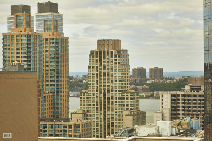 130 West 67th Street, Upper West Side, NYC, $1,900,000, Web #: 12622469