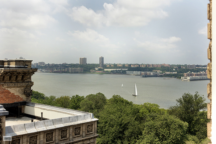 390 Riverside Drive, Upper West Side, NYC, $1,150,000, Web #: 12716079