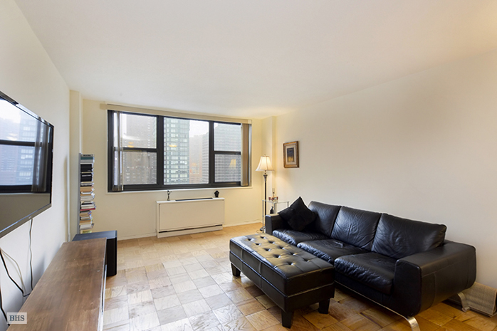 340 East 93rd Street, Upper East Side, NYC, $562,500, Web #: 12716115