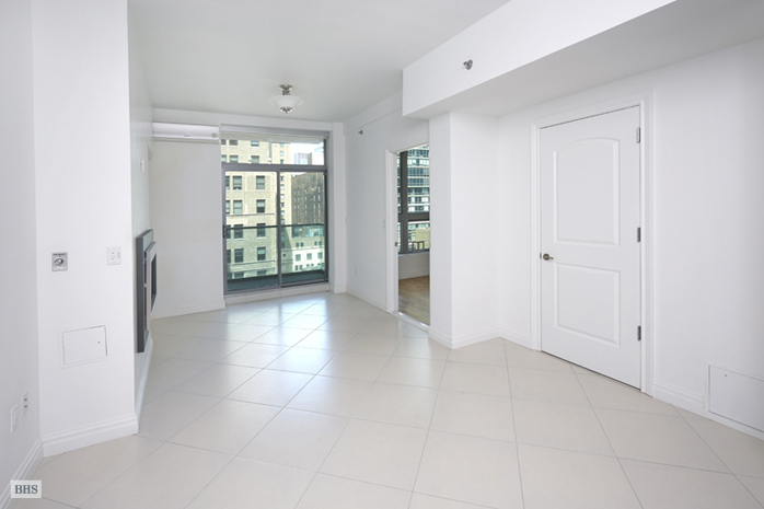 West 30th Street, Midtown South, NYC, $3,300, Web #: 12817455