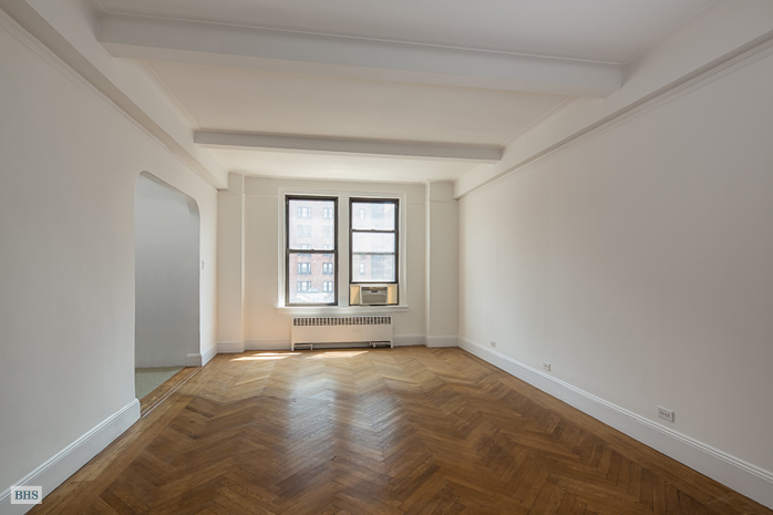 33 Riverside Drive, Upper West Side, NYC, $495,000, Web #: 12975752