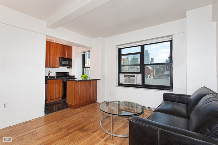 West 23rd Street, Greenwich Village/Chelsea, NYC, $3,000, Web #: 13057498