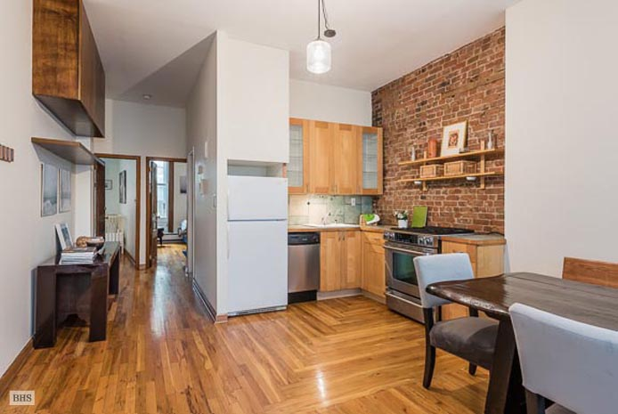 Beautiful Brownstone Floorthru, Brooklyn, New York, $830,000, Web #: 13230299