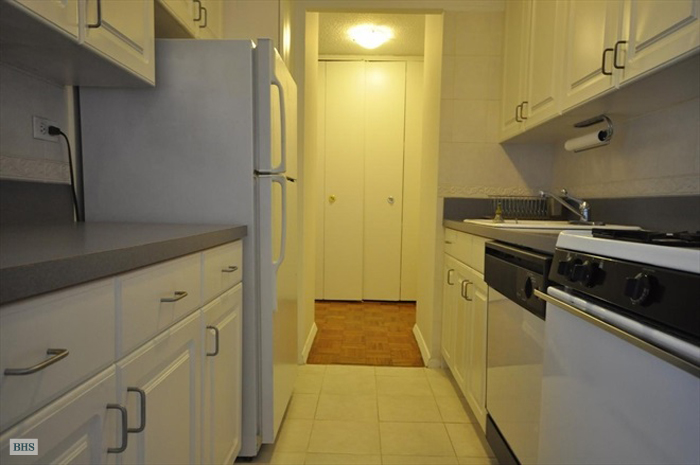 1623 Third Avenue, Upper East Side, NYC, $805,000, Web #: 13391140