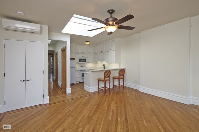 160 West 88th Street, Upper West Side, NYC, $9,975, Web #: 14093371