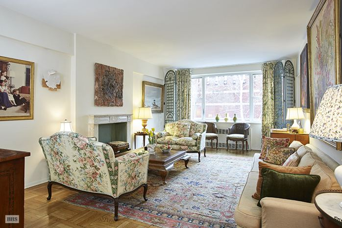 116 East 66th Street, Upper East Side, NYC, $1,500,000, Web #: 14265473