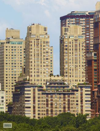 25 Central Park West, Upper West Side, NYC, $950,000, Web #: 14392603