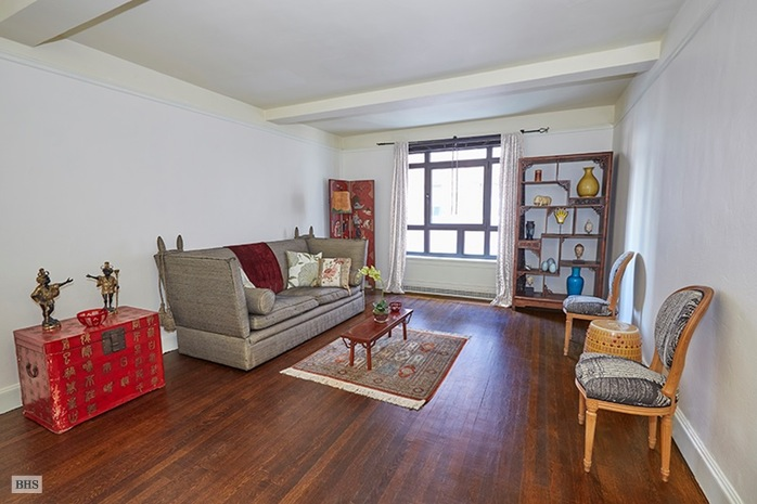 2 Beekman Place 8F, Midtown East, NYC, $607,000, Web #: 14445543