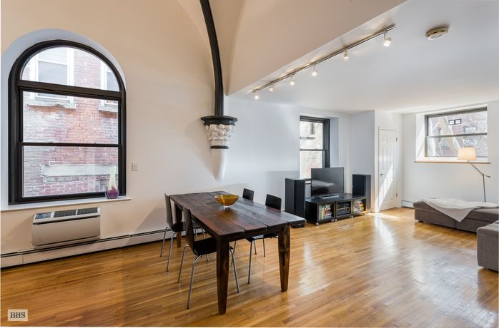 450 Clinton Street, Brooklyn, New York, $950,000, Web #: 14540647