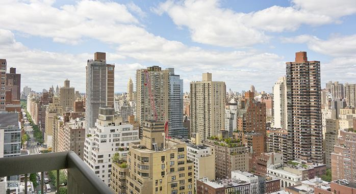 422 East 72nd Street 27A, Upper East Side, NYC, $12,500, Web #: 14670595