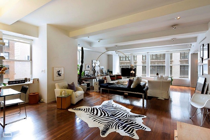 West 26th Street, Midtown South, NYC, $8,200, Web #: 14742048