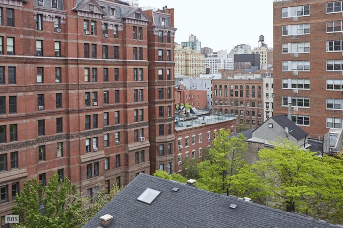 26 Gramercy Park, East Village, NYC, $1,400,000, Web #: 14771312
