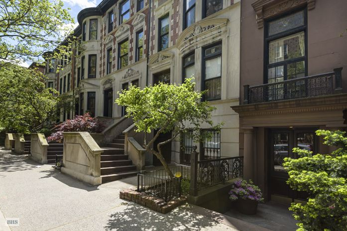 22 Pierrepont Street, Brooklyn, New York, $2,200,000, Web #: 14812737