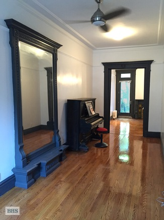 Greene Avenue, Brooklyn, New York, $3,950, Web #: 14936224