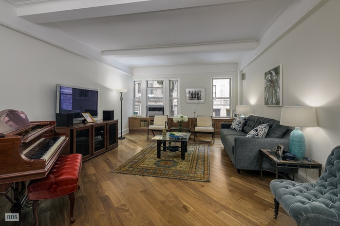 321 West 78th Street, Upper West Side, NYC, $2,900,000, Web #: 15007508