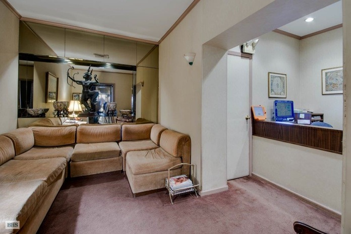 955 Park Avenue 1D, Upper East Side, NYC, $400,000, Web #: 15020508